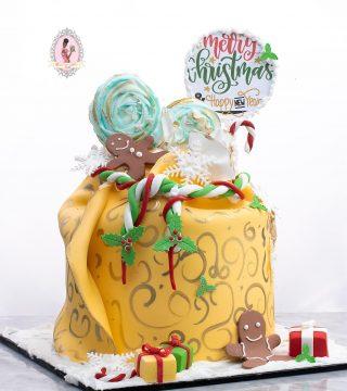 """8"""" Christmas Sack Cake"""